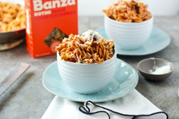Banza Chickpea pasta with tomato sauce - The Awesome Mitten