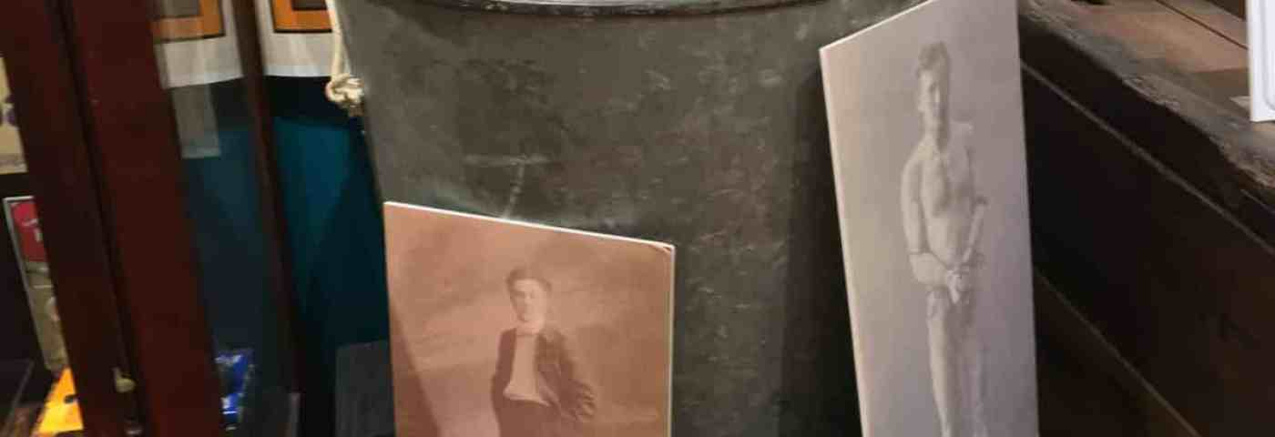 American Museum of Magic Hosting Seance to Contact Harry Houdini
