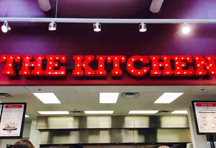 9 Reasons To Fall In Love With Lucky's Market - The Awesome Mitten