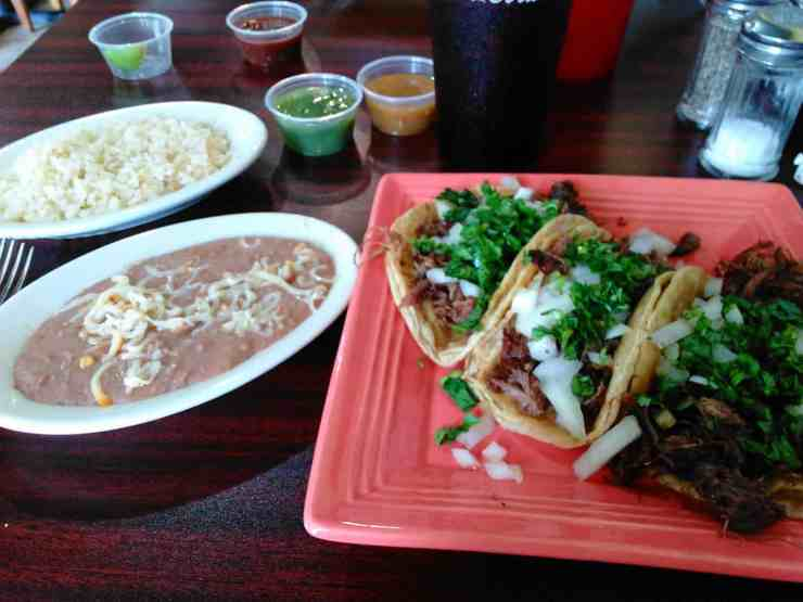 10 Places You Must Eat Tacos In Michigan - The Awesome Mitten