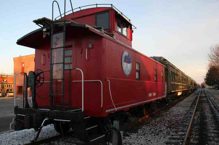 7 Ways To Tour Michigan On A Historic Train - The Awesome Mitten