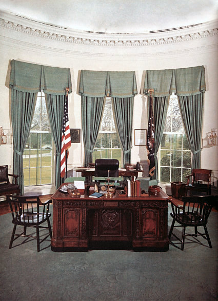Resolute Desk  Oval Office of the White House