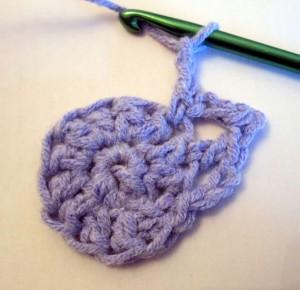 crocheted flower steps