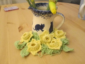 crocheted daffodil