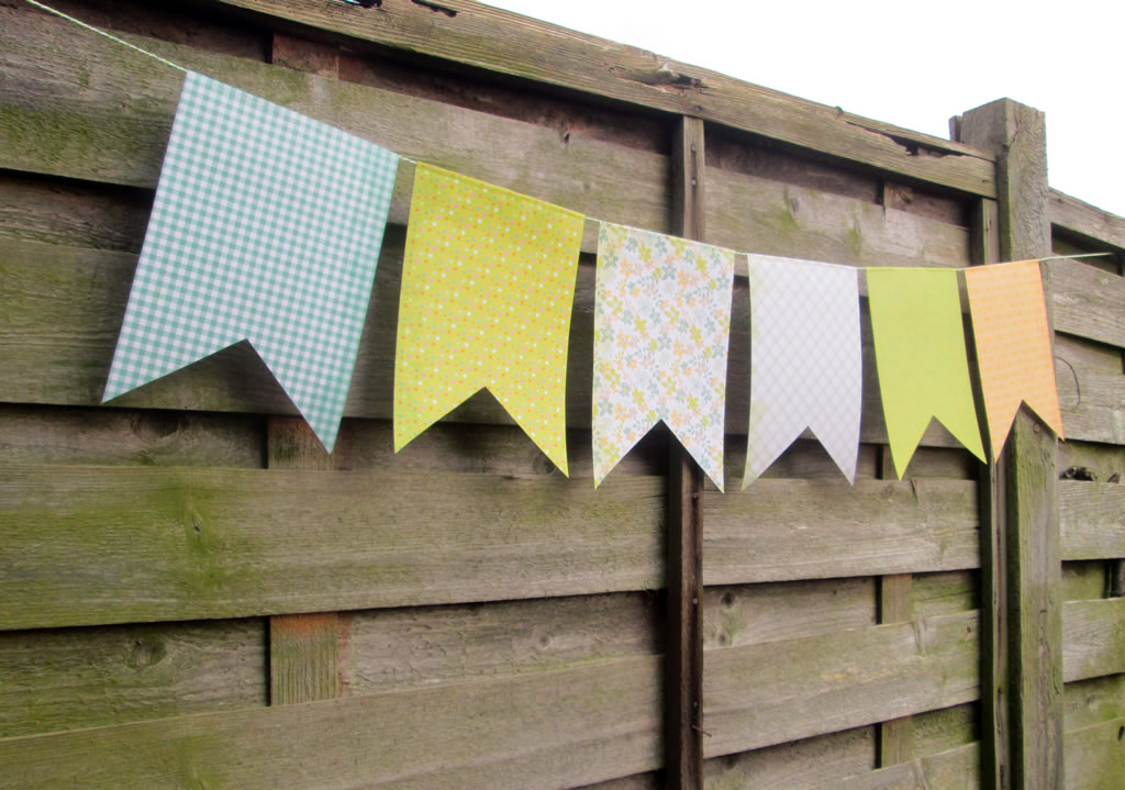 how to make paper bunting tutorial easy instructions template 12 tips for making bunting