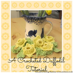 collage crocheted daff