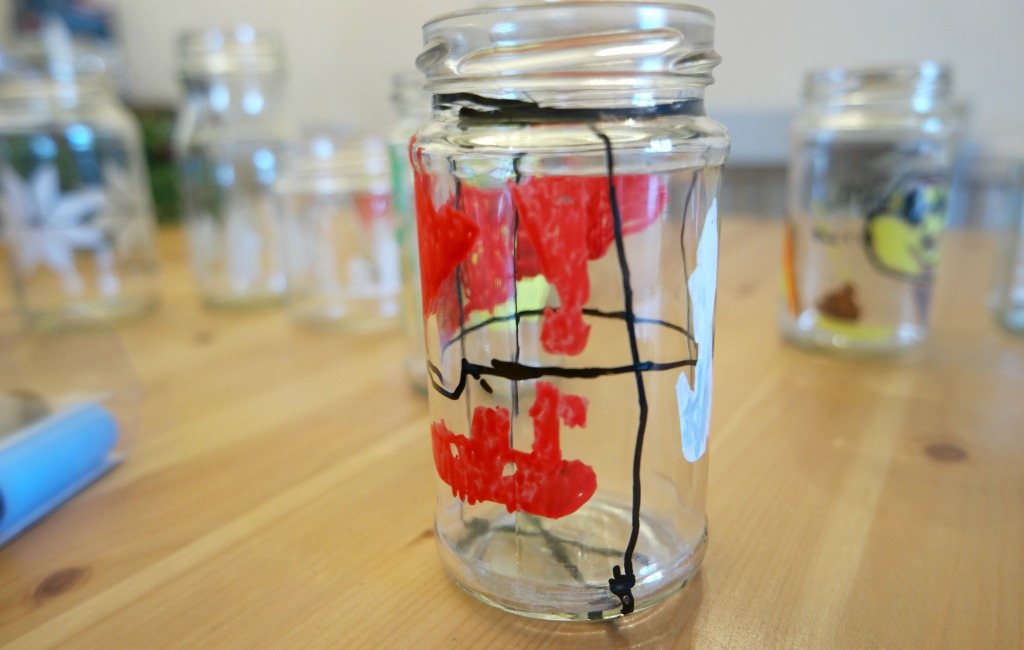 DIY decorated glass jars chalkola chalk pens chalk markers