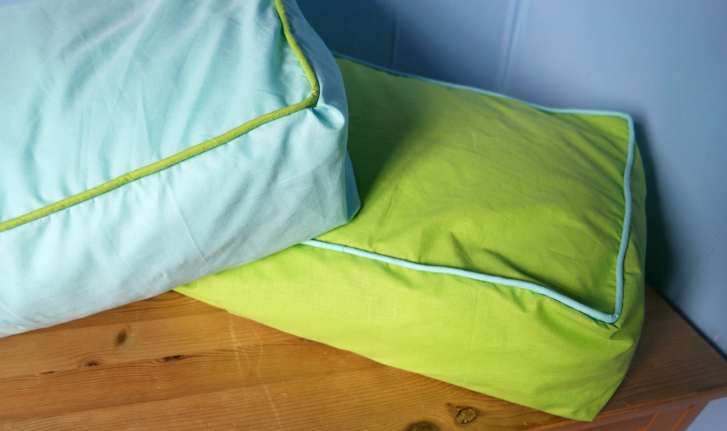 Pillow Into a Box Cushion With Piping
