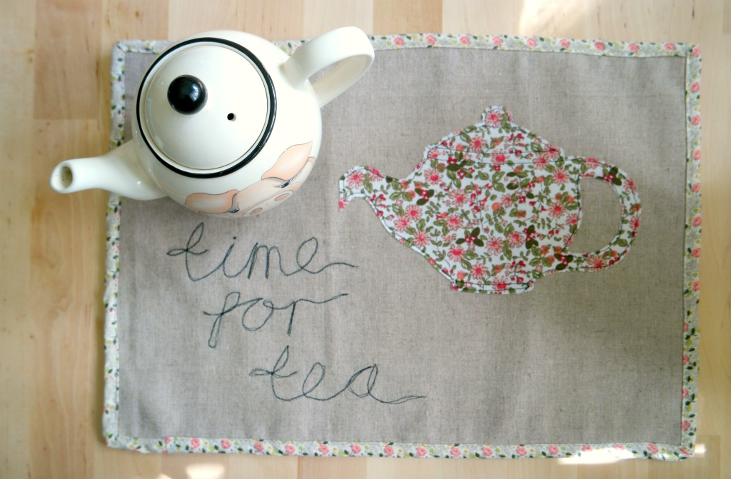 how to sew a tea mat tea tray cloth