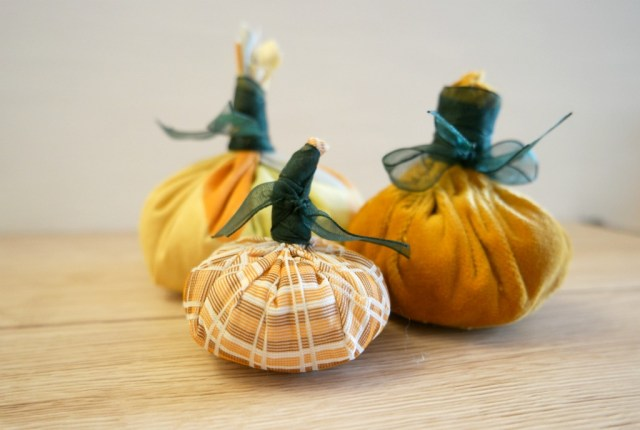 easy to sew fabric pumpkins