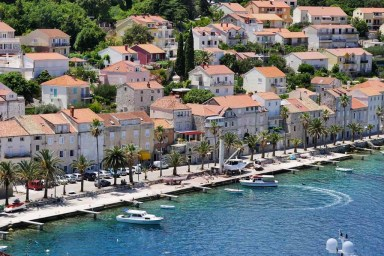 1. Korcula Old Town Tour - A World to Travel (3)