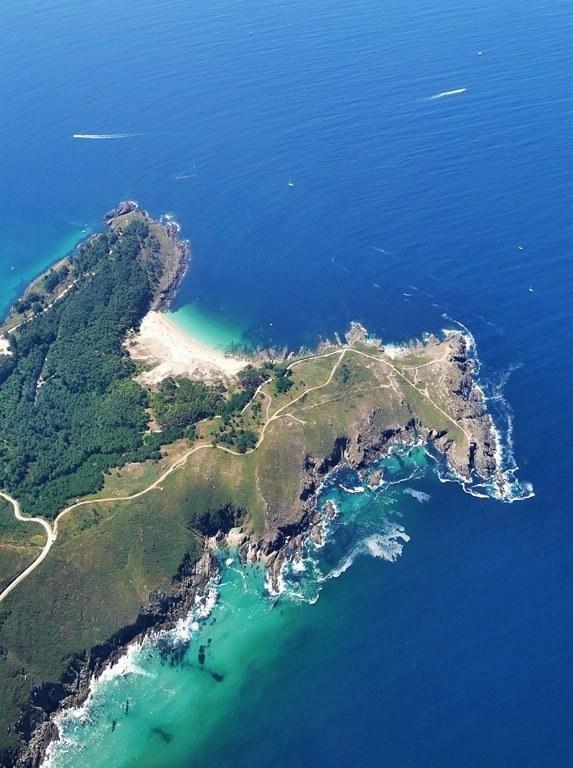 Flying over Vigo - Galician Getaway - Vigo Experiences Worth Living - A World to Travel (13)