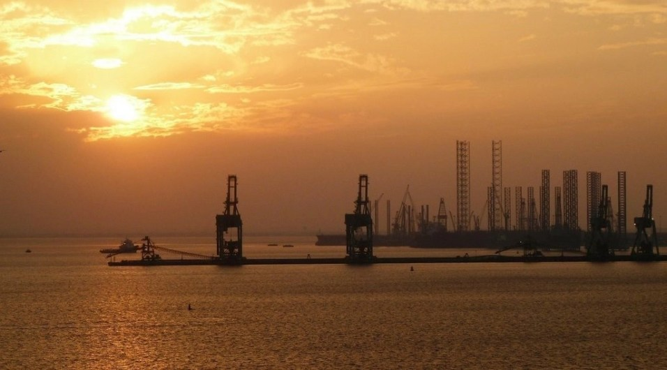 Sunset in Bahrain - Arabian Countries of the Gulf You Should Visit Next - A World to Travel