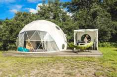 Glisten glamping outdoors kitchen - Epic Destinations Camping South of France - A World to Travel (1)