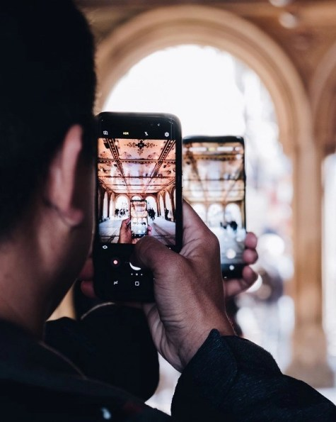 How To Pick The Best Phone For International Travel - A World to Travel (8)