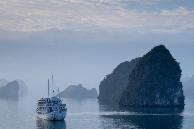 Halong Bay - Best places to visit in Vietnam - A World to Travel