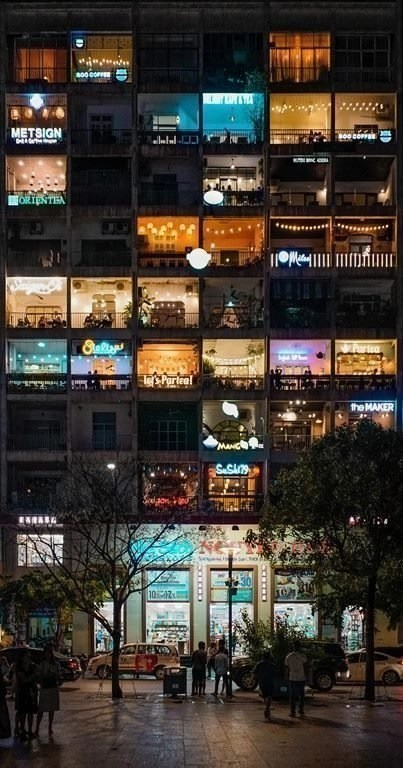 Hanoi nightlife - Best places to visit in Vietnam - A World to Travel
