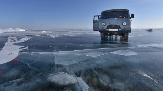 Baikal lake (2) - Things That will make you Visit Siberia in Winter - A World to Travel