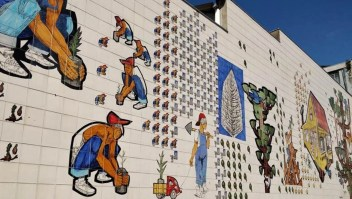Street Art in Curitiba (2) - Here's How To Road Trip 5 Brazilian Cities In Two Weeks - A World to Travel