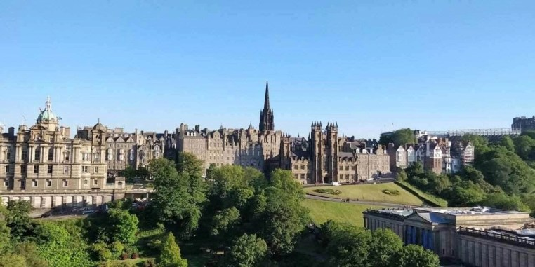 Festival Wheel 2 - How To Make The Most Of 2 Days In Edinburgh - A World to Travel