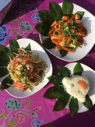 Thai food - Fun Things To Do In Koh Phangan Island Thailand - A World to Travel