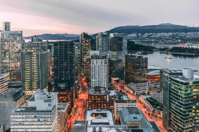 Downtown - Best Day Hikes Around Vancouver - A World to Travel