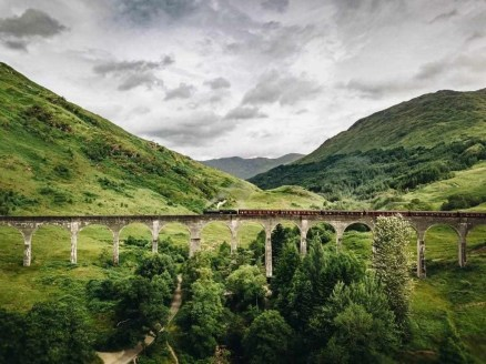 Glenfinnan bridge - Fun Things To Do In Scotland - A World to Travel