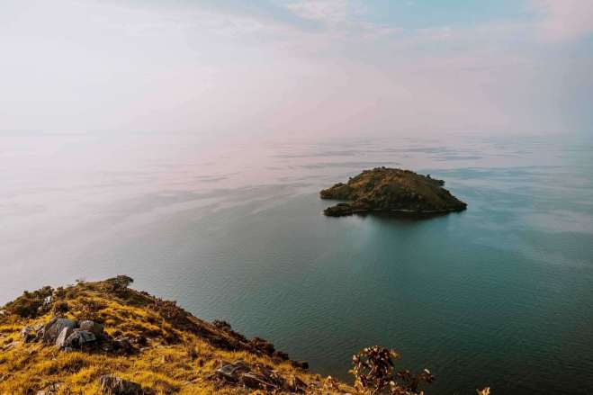 Lake Kivu - Rwanda Facts To Know Before Going And Things To See There - A World to Travel
