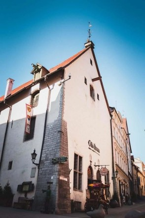 Best things to do in Tallinn in 2 days - A World to Travel (10)