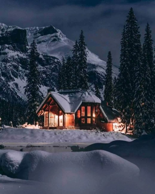 Emerald Lake cottage at night - Banff National Park Canada - A World to Travel