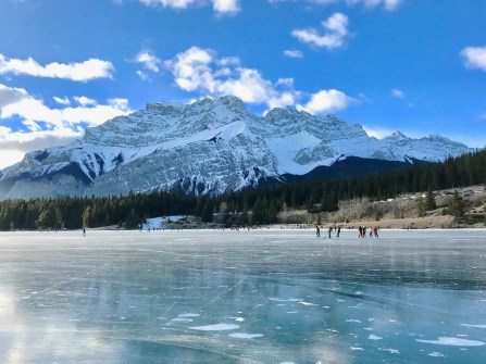 Two Jack Lake - Banff Travel Guide - A World to Travel