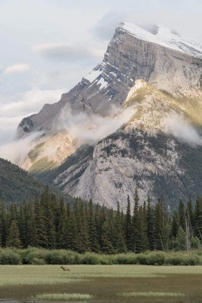 Vermilion Lakes - Banff Travel Guide - A World to Travel