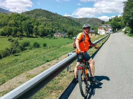 Etapa 3 - Ponferrada O Cebreiro - Camino de Santiago desde Leon en bici - A World to Travel (2)
