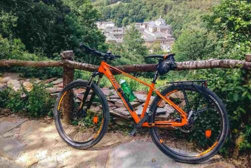 Etapa 4 - O Cebreiro Sarria - Camino de Santiago en bici etapas - A World to Travel (2)
