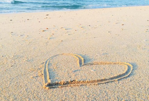 Heart shaped drawing in the sand - Great Island Photography - A World to Travel