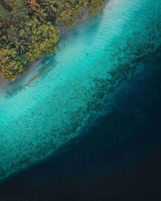 Kendhoo - Maldives - Instagrammable Islands - A World to Travel
