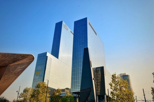 Delftse Poort by Abe Bonnema - Modern Dutch architecture - A World to Travel