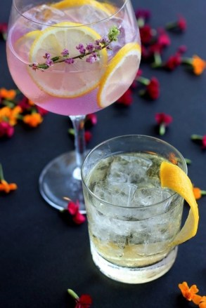 Fancy drinks - Travel Stereotypes - A World to Travel