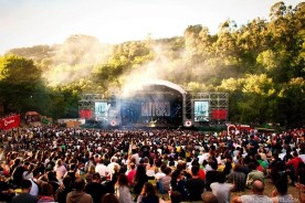 Mitski (4) - Vodafone Paredes de Coura music festival 2019 - A World to Travel