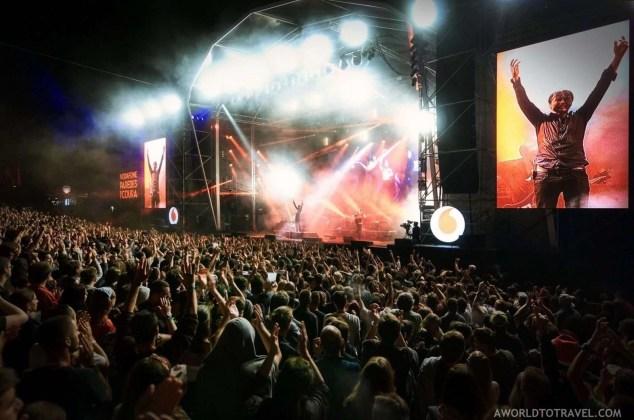 Suede (6) - Vodafone Paredes de Coura music festival 2019 - A World to Travel