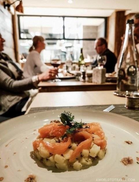 Bar Restaurant Le Saint Nicolas Megeve - A World to Travel (1)