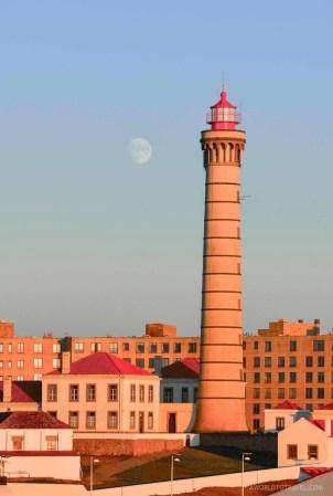 Boa Nova Lighthouse - Farol de Leça - with the moon behind