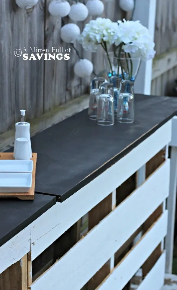 DIY Patio Bar Made Out Of Wood Pallets This Worthey Life Food