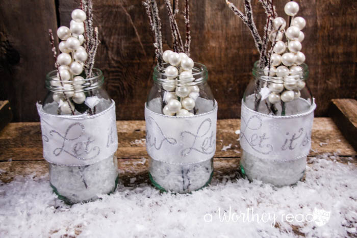 Quick DIY Christmas Craft- Let It Snow Mason Jars