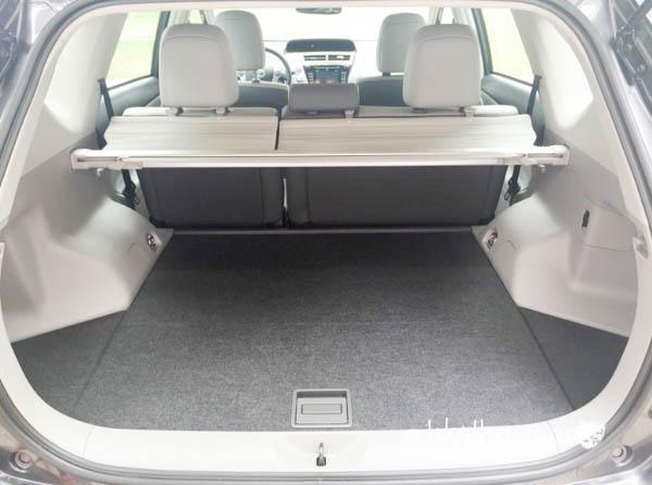 2016 Toyota Prius V5-1