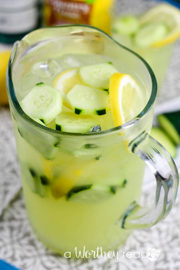 Cool and Frosty Cucumber Lemonade