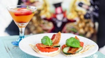 Planning an Alice in Wonderland Tea Party? Here's a few Tea Party food ideas from Through The Looking Glass