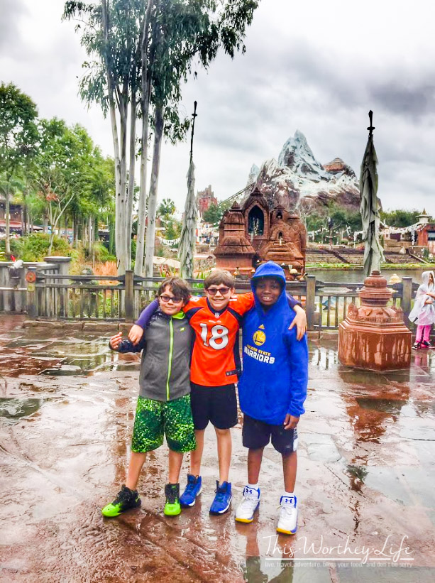 tips on what to bring in your bag for a Disney vacation