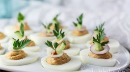 Hummus Deviled Eggs Recipe