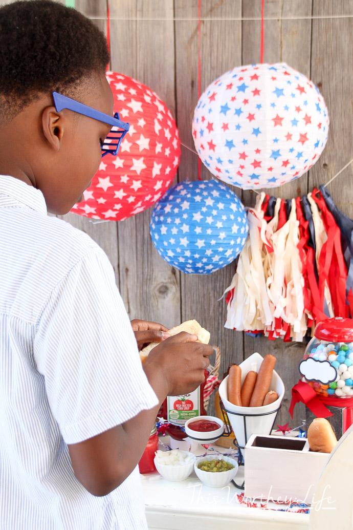 Americana DIY Hot Dog Stand